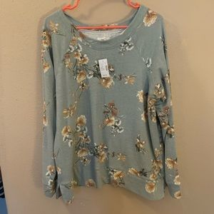 BNWT Maurices Crew Neck Pullover